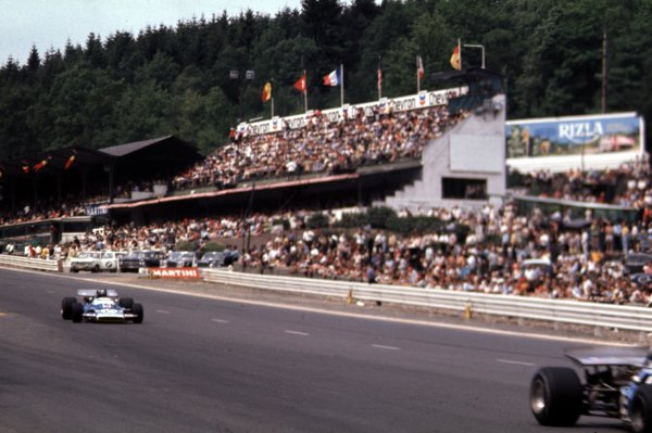 1970 Belgian Grand Prix.Spa-Francorchamps, Belgium.5-7 June 1970.Jean-Pierre Beltoise follows Henri Pescarolo (both Matra-Simca MS120) past the grandstands. They finished in 3rd and 6th positions respectively.Ref-70 BEL 19.World Copyright - LAT Photographic