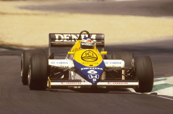 Adelaide, Australia.1-3 November 1985.Keke Rosberg (Williams FW10 Honda) 1st position.Ref-85 AUS 21.World Copyright - LAT Photographic