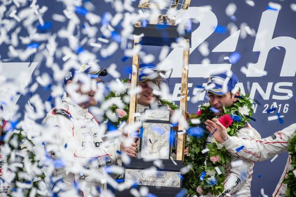 LMP1 podium: class and overalll winners #2 Porsche Team Porsche 919 Hybrid: Romain Dumas, Neel Jani, Marc Lieb