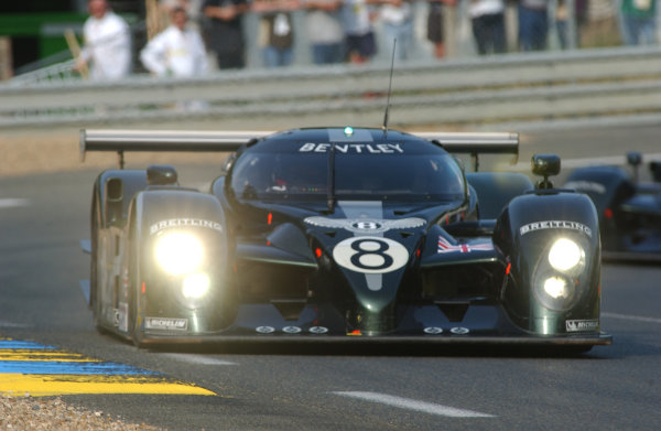 2003 Le mans 24 HoursLe Mans, France. 12th June 2003The Bentley GTP of Brabham/Herbert/Blundell, action.World Copyright: Jeff Bloxham/LAT Photographicref: Digital Image Only