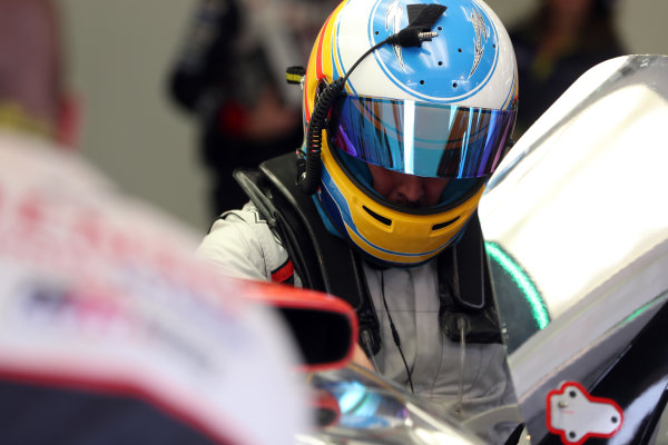 2017 FIA World Endurance Championship Rookie Test, Bahrain International Circuit, Bahrain. 19th November 2017, xxxxxxxxxxxxxxxxx World Copyright. JEP/LAT Images