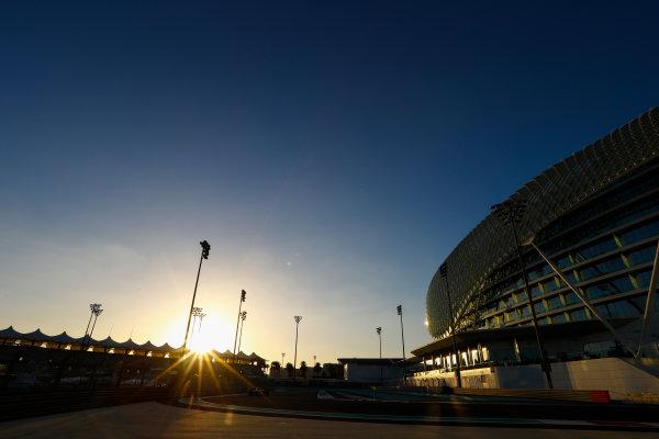 Yas Marina Circuit, Abu Dhabi, United Arab Emirates. Wednesday 29 November 2017. Sergio Perez, Force India VJM10 Mercedes.  World Copyright: Joe Portlock/LAT Images  ref: Digital Image _R3I6314