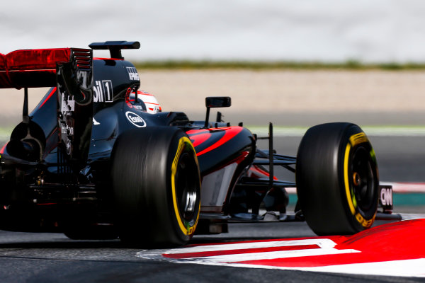 Circuit de Catalunya, Barcelona, Spain. Wednesday 13 May 2015. Jenson Button, McLaren MP4-30 Honda.  World Copyright: Alastair Staley/LAT Photographic. ref: Digital Image _79P5084