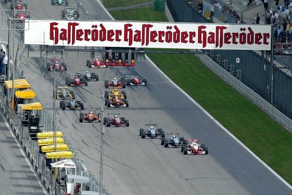 Ryan Briscoe (AUS) Prema Powerteam Dallara Opel leads the field at the start of the race.F3 Euro Series, Rd13 & Rd14, A1-Ring, Austria, 6 September 2003.DIGITAL IMAGE