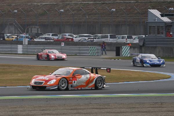 Motegi, Japan. 3rd - 4th November 2013. Rd 8. GT500 Winner Kazuya Oshima & Yuji Kunimoto ( #6 ENEOS SUSTINA SC430 ) action World Copyright: Yasushi Ishihara/LAT Photographic. Ref: 2013_Rd8_002