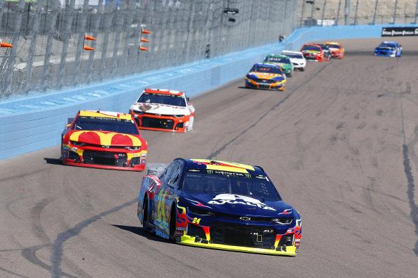 #24: William Byron, Hendrick Motorsports, Chevrolet Camaro Axalta and #42: Kyle Larson, Chip Ganassi Racing, Chevrolet Camaro McDonald's