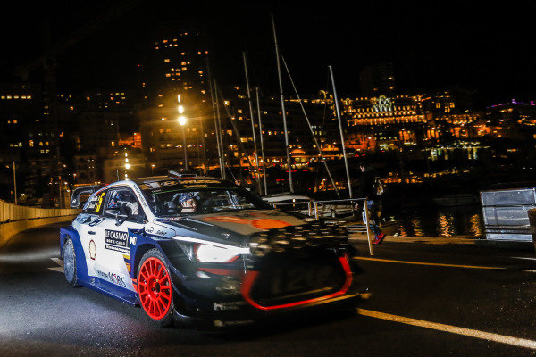 Thierry Neuville (BEL) / Nicolas Gilsoul (BEL), Hyundai Motorsport i20 Coupe WRC at FIA World Rally Championship, Rd1, Rally Monte Carlo, Ss1 and SS2, Monte Carlo, Monaco, 19 January 2017.