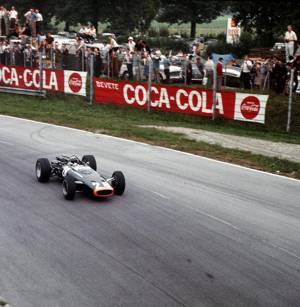 Monza, Italy. 2-4 September 1966.Jackie Stewart (BRM P83).Ref-3/2372.World Copyright - LAT Photographic
