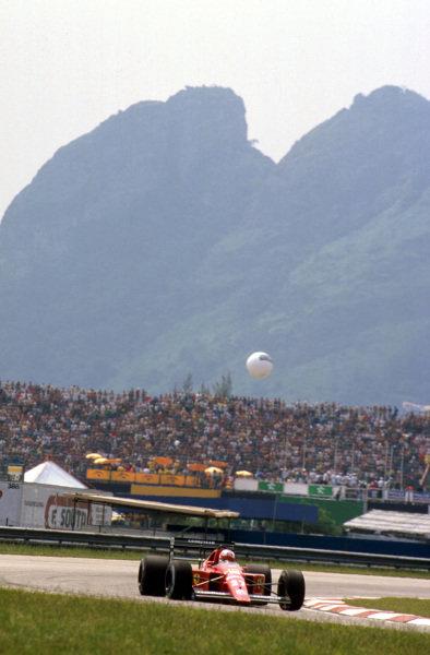 Jacarepagua, Rio de Janeiro, Brazil.24-26 March 1989.Nigel Mansell (Ferrari 640) 1st position on his debut race for Ferrari.Ref-89 BRA 11.World Copyright - LAT Photographic
