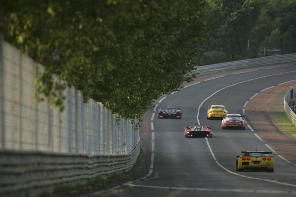 2006 Le Mans 24 Hours, Le Mans, France.14th - 18th June. Rear action, sunrise.World Copyright: Andrew Ferarro/LAT PhotographicRef: Digital Image Only ZP9O1414