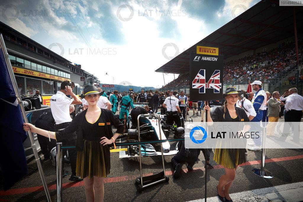 Spa Francorchamps, Belgium.  Sunday 27 August 2017. Grid Girls for Lewis Hamilton, Mercedes AMG. World Copyright: Steve Etherington/LAT Images  ref: Digital Image SNE10387