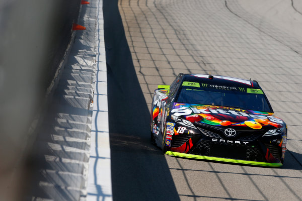 Monster Energy NASCAR Cup Series Tales of the Turtles 400 Chicagoland Speedway, Joliet, IL USA Friday 15 September 2017 Kyle Busch, Joe Gibbs Racing, Skittles Sweet Heat Toyota Camry World Copyright: Lesley Ann Miller LAT Images