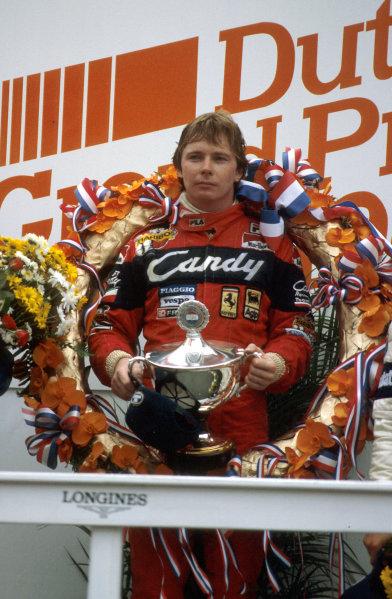 Zandvoort, Holland.1-3 July 1982.Didier Pironi (Ferrari) 1st position on the podium.Ref-82 HOL 12.World Copyright - LAT Photographic