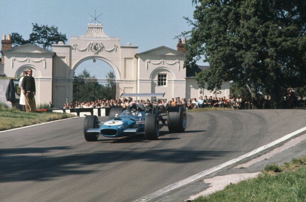 1968 International Gold Cup.  Oulton Park, England. 17th August 1968.  Jackie Stewart, Matra MS10 Ford, 1st position.  Ref: 68GC20. World Copyright: LAT Photographic