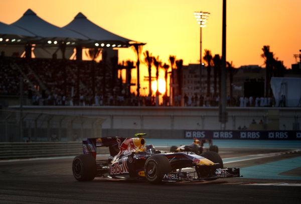 Yas Marina Circuit, Abu Dhabi, United Arab Emirates 1st November 2009. Sebastian Vettel, Red Bull Racing RB5 Renault, 1st position. Action.  World Copyright: Steve Etherington/LAT Photographic ref: Digital Image SNE17667