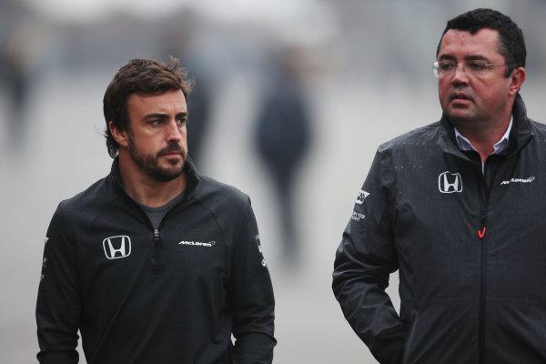 Shanghai International Circuit, Shanghai, China.  Friday 07 April 2017. Fernando Alonso, McLaren, with Eric Boullier, Racing Director, McLaren. World Copyright: LAT Images ref: Digital Image AN7T5467