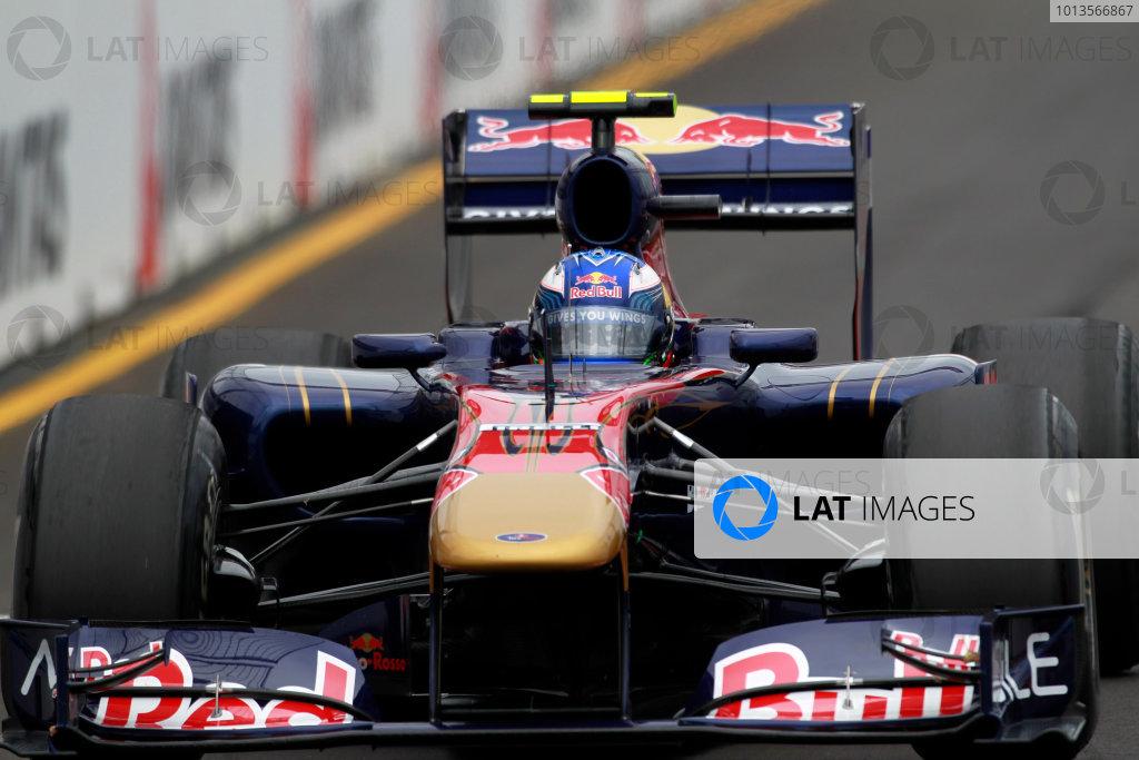 Albert Park, Melbourne, Australia25th March 2011.Daniel Ricciardo, Toro Rosso STR6. Action. World Copyright: Charles Coates/LAT Photographicref: Digital Image _X5J8511