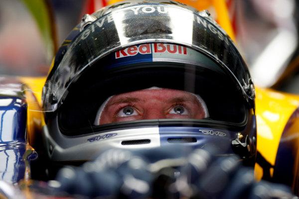 Sepang, Kuala Lumpur, Malaysia 3rd April 2009 Sebastian Vettel, Red Bull Racing RB5 Renault. Portrait. Helmets.  World Copyright: Glenn Dunbar/LAT Photographic ref: Digital Image _O9T4839