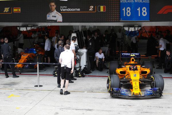 Stoffel Vandoorne, McLaren MCL33 Renault, exits the team's garage.