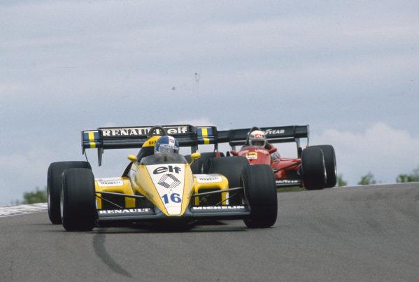 Patrick Tambay, Renault RE50, leads René Arnoux, Ferrari 126C4.