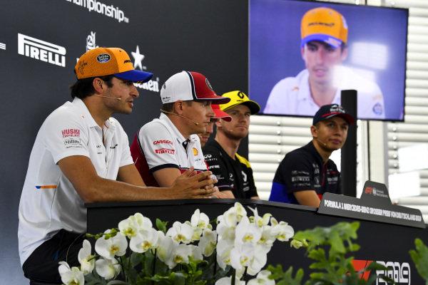 Carlos Sainz Jr, McLaren, Kimi Raikkonen, Alfa Romeo Racing, Sebastian Vettel, Ferrari, Nico Hulkenberg, Renault F1 Team and Alexander Albon, Toro Rosso in the Press Conference