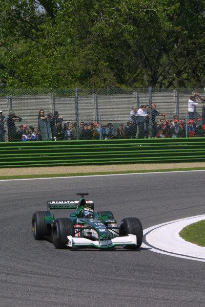 2001 San Marino Grand Prix.Imola, Italy. 13-15 April 2001.Eddie Irvine (Jaguar R2).World Copyright - LAT Photographicref: 8 9 MB Digital