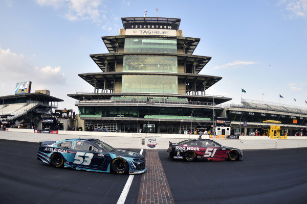 #53: Garrett Smithley, Rick Ware Racing, Chevrolet Camaro and #51: Joey Gase, Petty Ware Racing, Ford Mustang