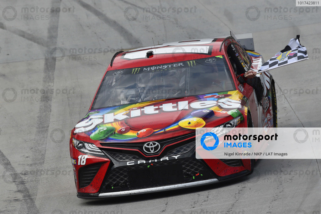 #18: Kyle Busch, Joe Gibbs Racing, Toyota Camry Snickers celebrates his win