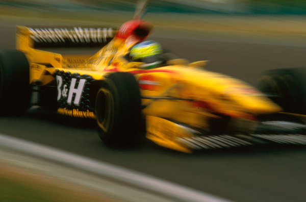 Hungaroring, Hungary.8-10 August 1997.Giancarlo Fisichella (Jordan 197 Peugeot) failed to finish after he spun on lap 42.Ref-97 HUN 25.World  Copyright - LAT Photographic