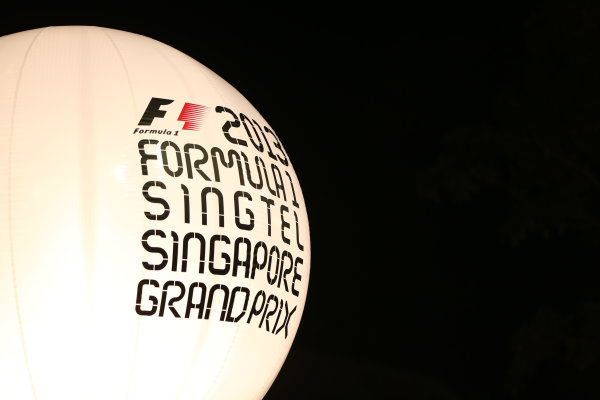 Marina Bay Circuit, Singapore. Thursday 19th September 2013. Singapore GP logos on a baloon. World Copyright: Andy Hone/LAT Photographic. ref: Digital Image HONZ0753