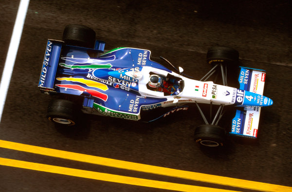 Imola, Italy. 3-5 May 1996. Gerhard Berger (Benetton B196 Renault) 3rd position. Ref-96 SM 13. World Copyright - LAT Photographic