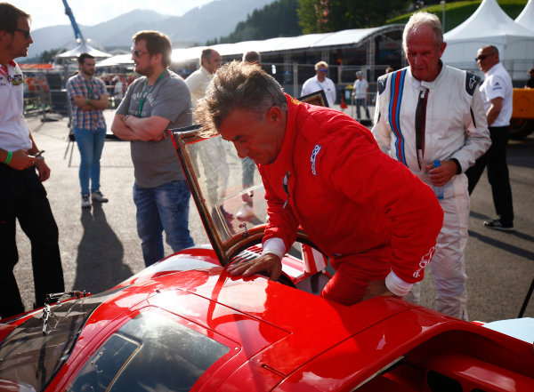 Red Bull Ring, Spielberg, Austria. Saturday 08 July 2017. Helmut Markko, Consultant, Red Bull Racing, watches Jean Alesi exit a Ferrari 512S. World Copyright: Andy Hone/LAT Images ref: Digital Image _ONY1980