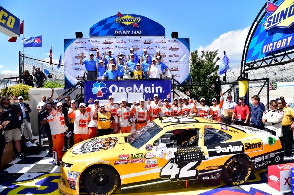 NASCAR XFINITY Series One Main Financial 200 Dover International Speedway, Dover, DE USA Saturday 3 June 2017 Kyle Larson, ParkerStore Chevrolet Camaro, celebrates in Victory Lane. World Copyright: John K Harrelson LAT Images ref: Digital Image 17DOV1jh_05181