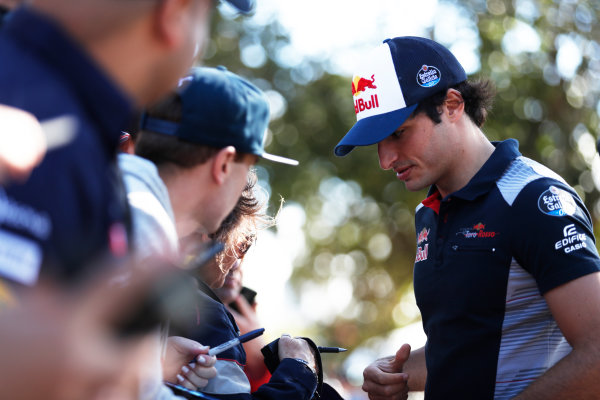 Albert Park, Melbourne, Australia. Thursday 23 March 2017. Carlos Sainz Jr, Toro Rosso.  World Copyright: Sam Bloxham/LAT Images ref: Digital Image _J6I0294