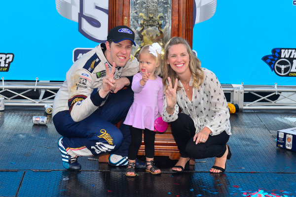 2017 Monster Energy NASCAR Cup Series STP 500 Martinsville Speedway, Martinsville, VA USA Sunday 2 April 2017 Brad, Scarlett, and Paige Keselowski in victory lane  World Copyright: Logan Whitton/LAT Images ref: Digital Image 17MART1LW2849