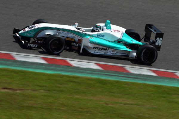 2011 Japanese Formula Three ChampionshipRound 1 - Suzuka, Japan.14th - 15th May 2011.Rd 1 3rd position Richard Bradley ( #36 PETRONAS TEAM TOM'S ), action.World Copyright: Yasushi Ishihara/LAT Photographicref: Digital Image 2011JF3_R1_006