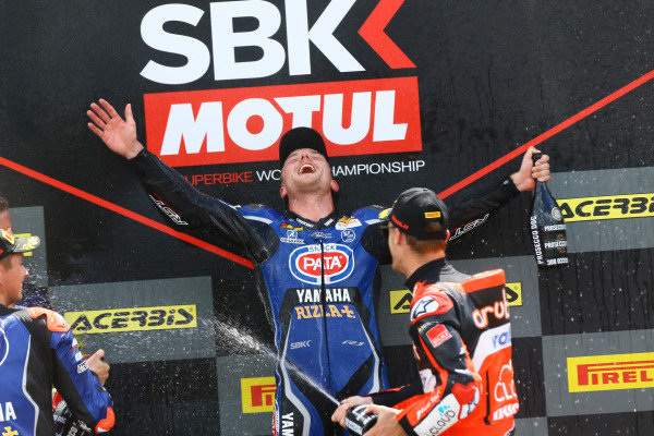 Podium: Alex Lowes, Pata Yamaha.