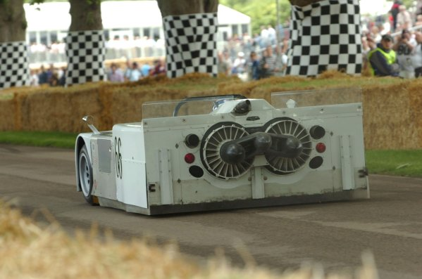 2007 Goodwood Festival of Speed, Goodwood House, Sussex, UK. 22nd/23rd/24th June 2007.Vic Elford, Chaparral-Chevrolet 2J.World Copyright: Jeff Bloxham/LAT PhotographicRef: Digital Image only