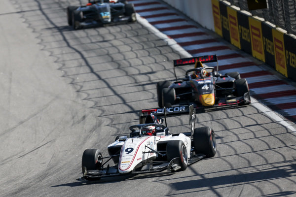 SOCHI AUTODROM, RUSSIAN FEDERATION - SEPTEMBER 29: Raoul Hyman (GBR, Sauber Junior Team by Charouz) and Liam Lawson (NZL, MP Motorsport) during the Sochi at Sochi Autodrom on September 29, 2019 in Sochi Autodrom, Russian Federation. (Photo by Joe Portlock / LAT Images / FIA F3 Championship)