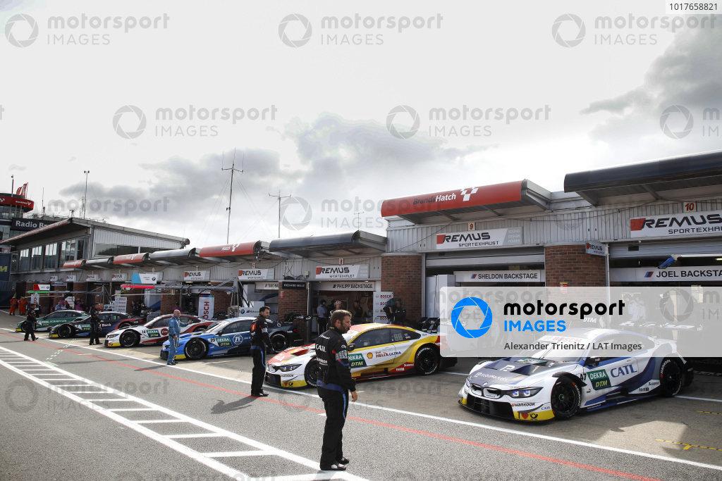 Joel Eriksson, BMW Team RBM, BMW M4 DTM, Sheldon van der Linde, BMW Team RBM, BMW M4 DTM.