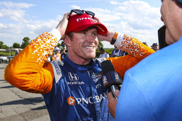 Scott Dixon, Chip Ganassi Racing Honda, Celebrates Race 2 Win