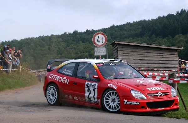 Rally winner Sebastien Loeb (FRA), Citroen Xsara WRC,  on Stage 18.
