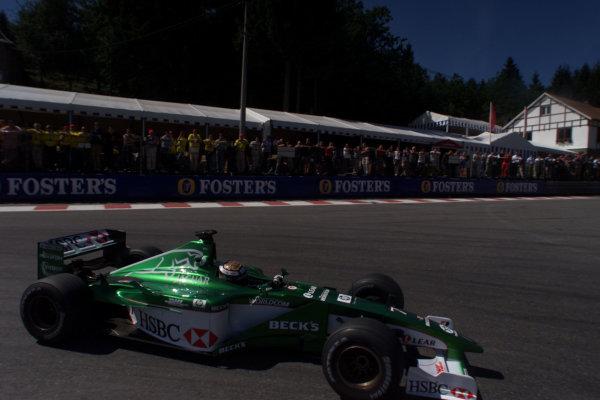 2000 Belgian Grand Prix.Spa-Francorchamps, Belgium. 25-27 August 2000.Eddie Irvine (Jaguar R1).World Copyright - LAT Photographicref: 5 7mb DIGITAL