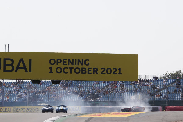 Andrew Jordan, AC Cobra Daytona Coupe, spins