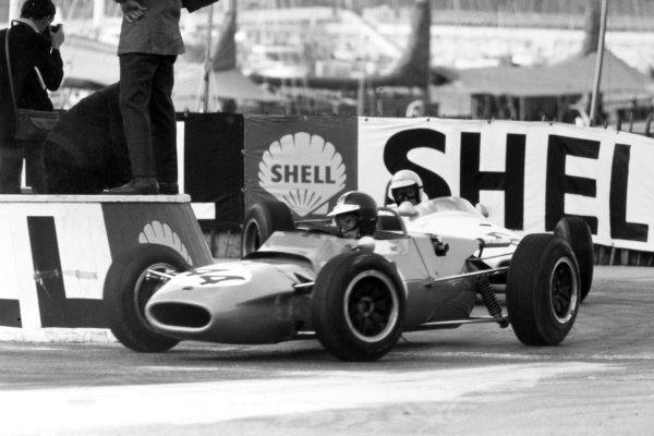 1966 Monaco F3 Grand Prix.Monte Carlo, Monaco. 22 May 1966.Jean-Pierre Beltoise, Matra MS5-Ford, 1st position, action.World Copyright: LAT PhotographicRef: Motor b&w print