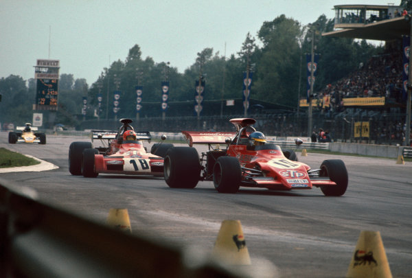 Monza, Italy. 10th September 1972.  Ronnie Peterson (March 721G-Ford), 9th position, leads Niki Lauda (March 721G-Ford), 3th position.  Ref: 72ITA10. World Copyright: LAT Photographic