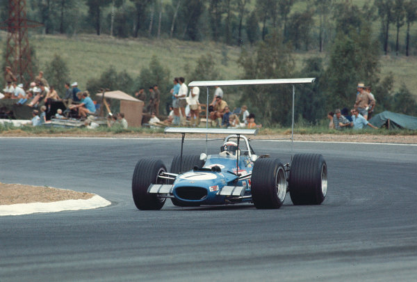 1969 South African Grand Prix.Kyalami, South Africa.27/2-1/3 1969.Jackie Stewart (Matra MS10 Ford) 1st position.Ref-69 SA 92.World Copyright - LAT Photographic
