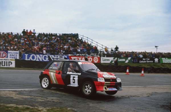 Brands Hatch, England. 4th December 1988.