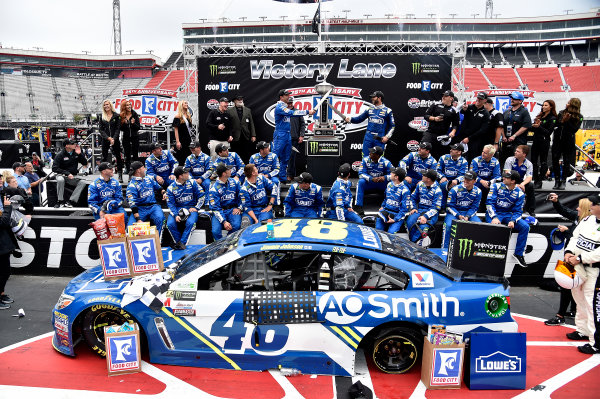 Monster Energy NASCAR Cup Series Food City 500 Bristol Motor Speedway, Bristol, TN USA Jimmie Johnson wins the Food City 500 World Copyright: Rusty Jarrett LAT Images ref: Digital Image 17BMS1rj_8505