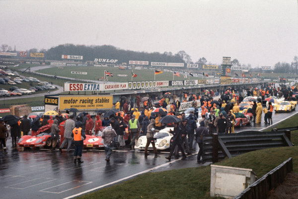 1970 BOAC Brands Hatch 1000 Kms. Brands Hatch, England. 12th April 1970. The cars line up on the grid for the start of the race. World Copyright: LAT Photographic. Ref: 70BOAC_Brands_7.